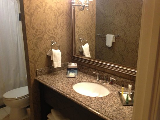 The Skirvin Hilton Oklahoma City:                   Perfect size and clean