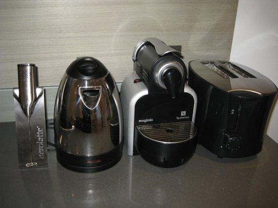Templeton Place Aparthotel:                                     Appliances provided