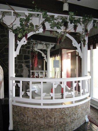 Auberge aux Nuits de Reve:                   Roméo & Juliette : Bain balcon