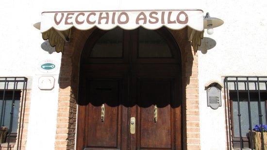 Hotel Vecchio Asilo:                   il benvenuto inizia da  qui