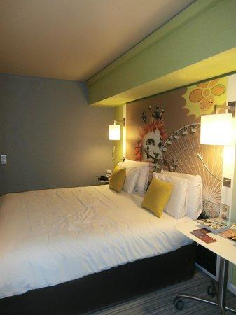 Mercure Nice Centre Grimaldi:                   la chambre