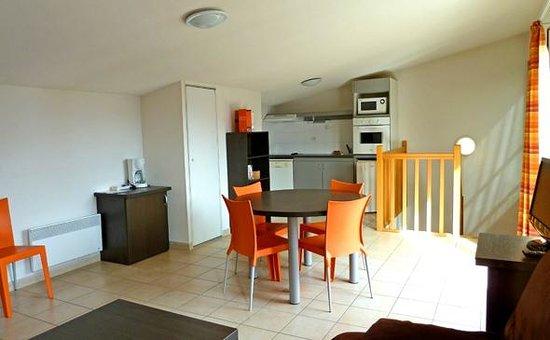 Appart'City Grenoble Meylan: Park&Suites Confort Grenoble Meylan - 2-bedroom Duplex Apartment