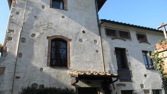 Hotel Vecchio Asilo:                   la finestra della nostra stanza