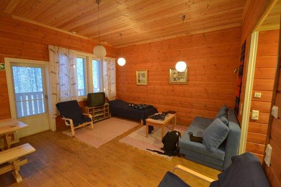 Niemelan Talo:                   salone con divano