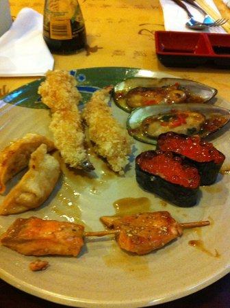 Shinju Japanese buffet: Gyosas, Shimp Tempura, Mussels, Sushi and Salmon Kebab