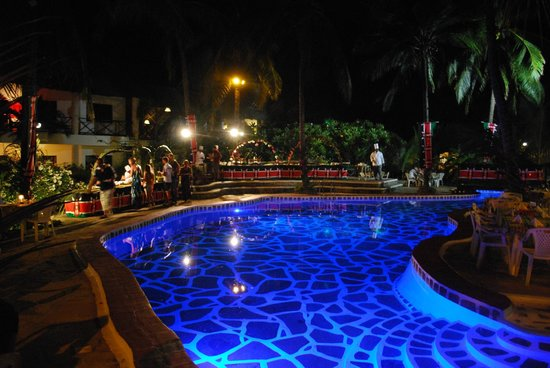 Aquarius Watamu Beach Resort:                   serata kenyota