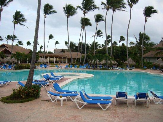 VIK Hotel Arena Blanca:                   belle piscine