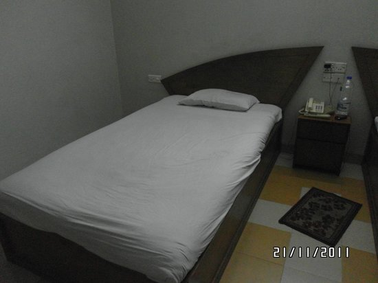 Asian SR Hotel:                   Bed