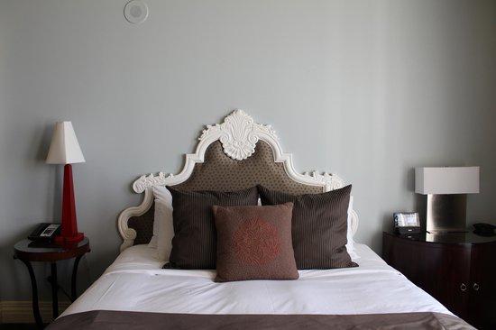 Kimpton Alexis Hotel: Very comfortable bed