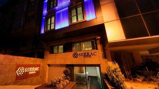Nish Suites Besiktas: Serrac Hotel