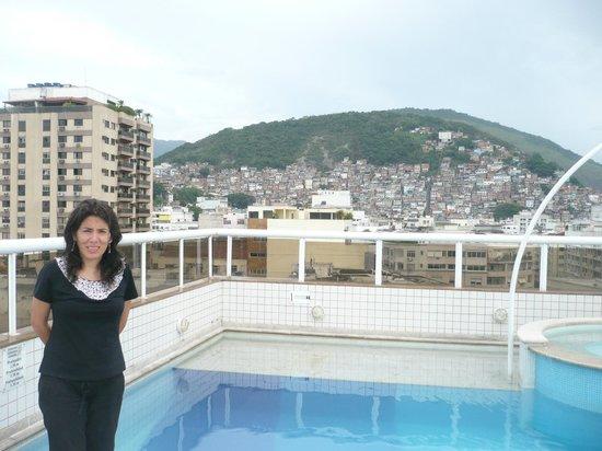 Atlantis Copacabana:                   Pileta del Hotel (mirador)