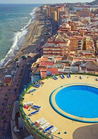 Pierre & Vacances Hotel El Puerto: Panoramica desde piscina