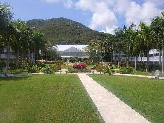 Hotel Riu Palace St Martin:                                     Grounds