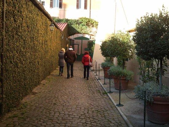 Hotel Santa Maria:                   Entrada