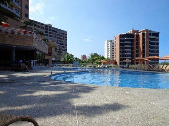 Venezuela Marriott Hotel Playa Grande:                   Área de la piscina