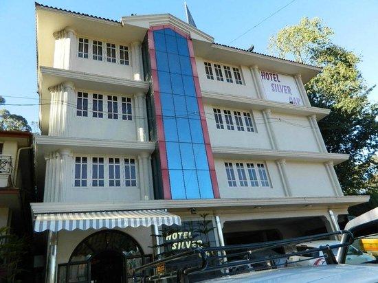 Hotel Silver Oak: The Hotel