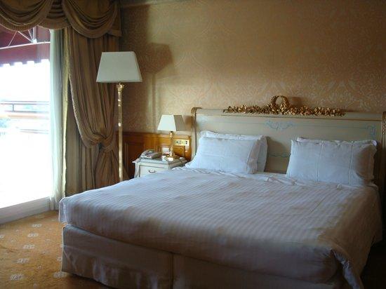 Parco dei Principi Grand Hotel & SPA:                   room