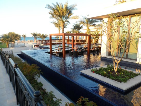 The St. Regis Saadiyat Island Resort:                   Resturant note dining in the pool!