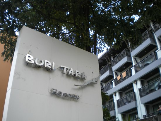 Buri Tara Resort: hotel exterior