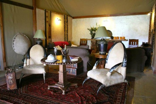 Olderkesi Private Reserve, Kenya: lord Delamare salon