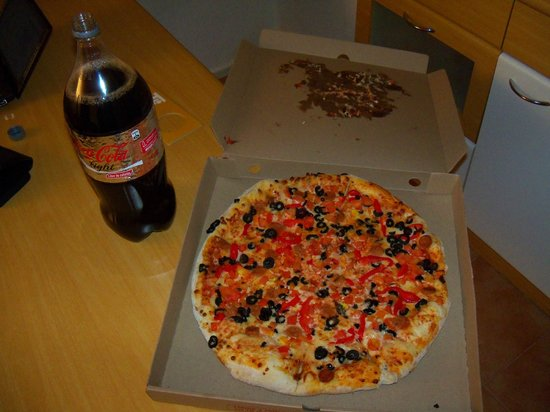 Nippon Hotel:                   pizza de delivery
