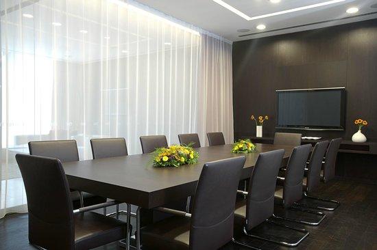 NH Collection Olomouc Congress: VIP Lounge
