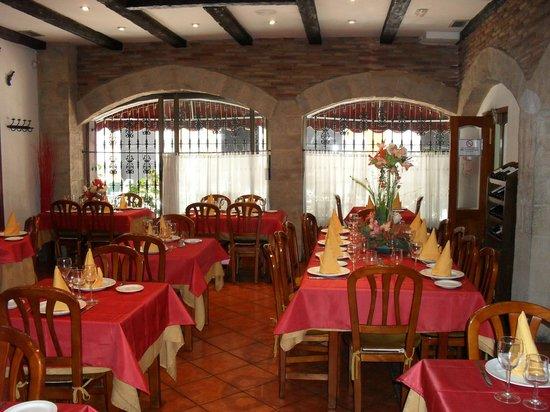 Salón Planta Baja Restaurante El Cid Casa Pablo