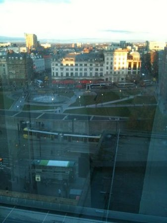 Mercure Manchester Piccadilly Hotel:                   View and trams which seem to beep everytime they move!!
