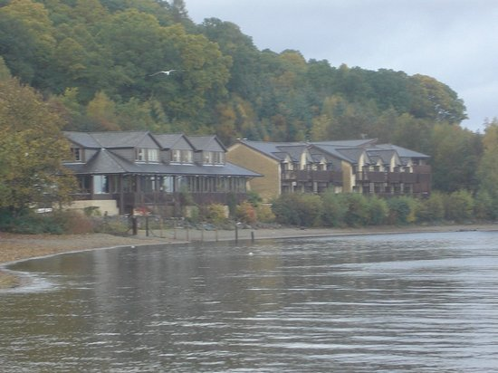 Lodge on Loch Lomond:                   lodge on the loch