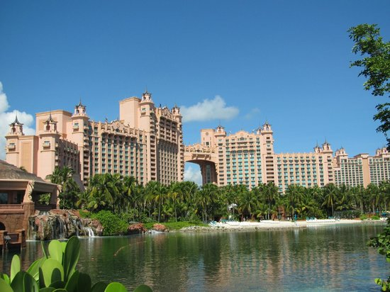 Atlantis, Royal Towers, Autograph Collection:                                     Hotel and ground