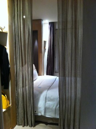 Hidden Hotel by Elegancia: chambre