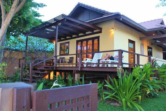Villa Tanamera:                   Beach Front Villa