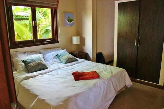 Villa Tanamera:                   Beach Front Villa - 1st Bed Room