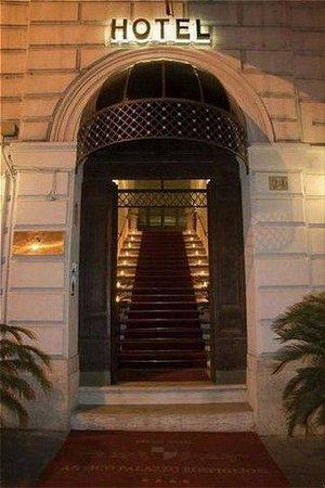 Antico Palazzo Rospigliosi: Exterior view