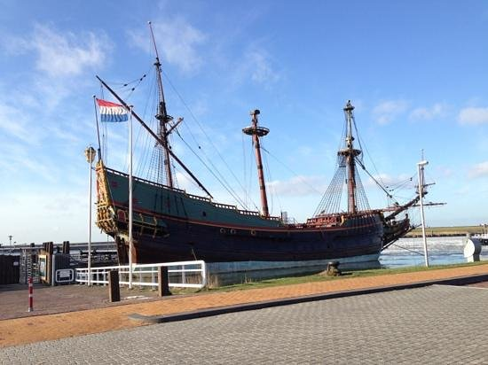 Provinz Flevoland, Niederlande:                   ship