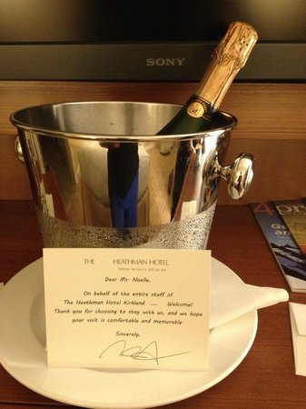 The Heathman Hotel Kirkland: Welcome Champagne