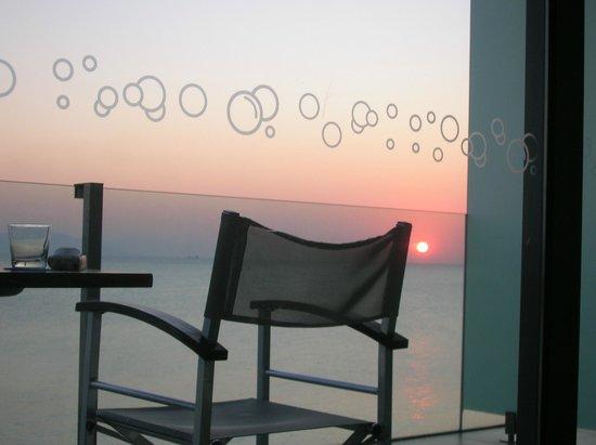 Kos Aktis Art Hotel: alba dal letto