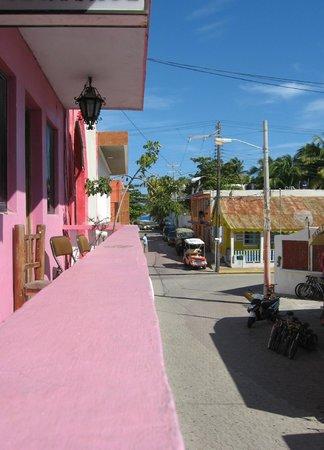 Hotel El Caracol:                   vista dal terrazzino del primo piano