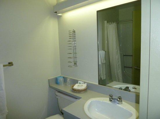 Motel Le Transit: salle de bain