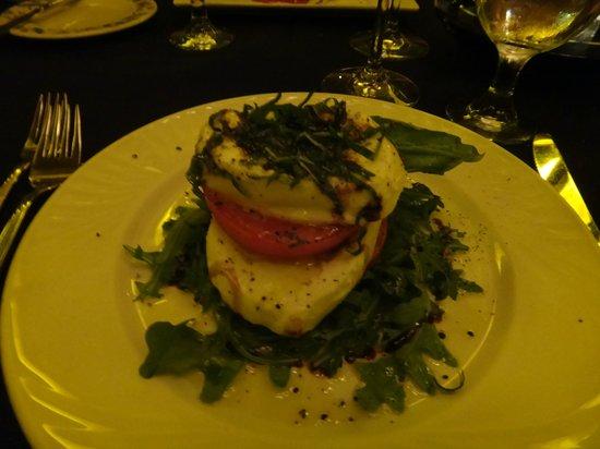 Christini's Ristorante :                   Salada Caprese