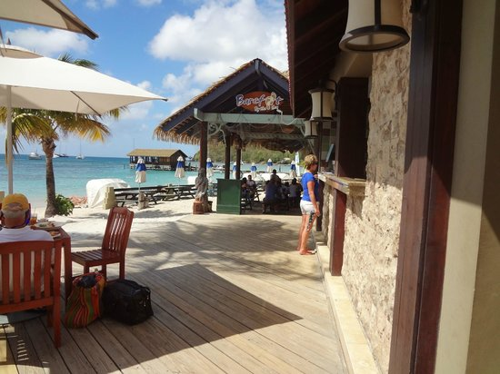 Sandals Grande St. Lucian Spa & Beach Resort:                                     Barefoot/Mariners