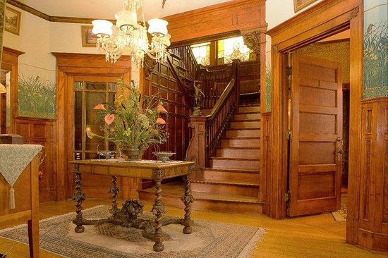 Philip W. Smith Bed and Breakfast : Martha Parry Bed and Breakfast