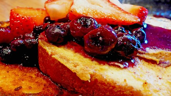 Adamstown Inns & Cottages: Blueberry French Toast made with our own blueberries