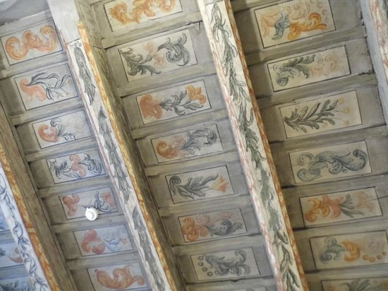 The Charles Hotel:                   ceiling