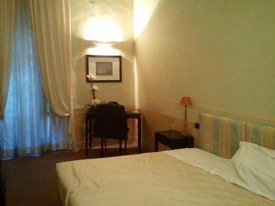 Palazzo Galletti:                   panorama della camera