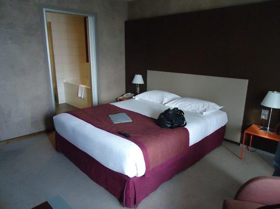 Best Western Premier Hotel de la Paix:                   vue chambre