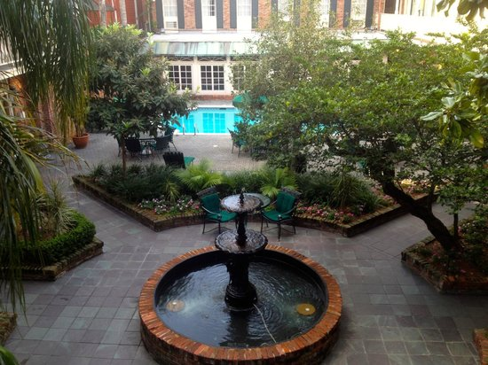 BEST WESTERN PLUS French Quarter Landmark Hotel:                   Courtyard