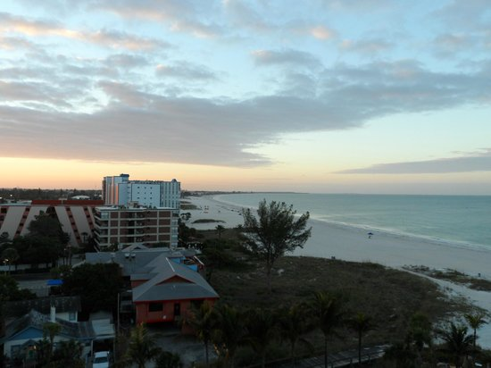 Grand Plaza Beachfront Resort Hotel & Conference Center:                   View from our balcony on the 8th floor