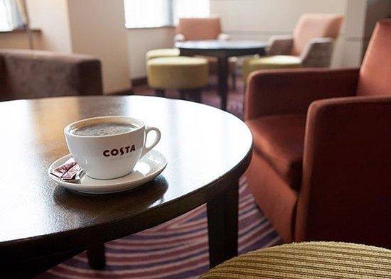 Jurys Inn Belfast: Costa Coffee
