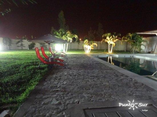 Punto Sur Lodge : Frente a la piscina